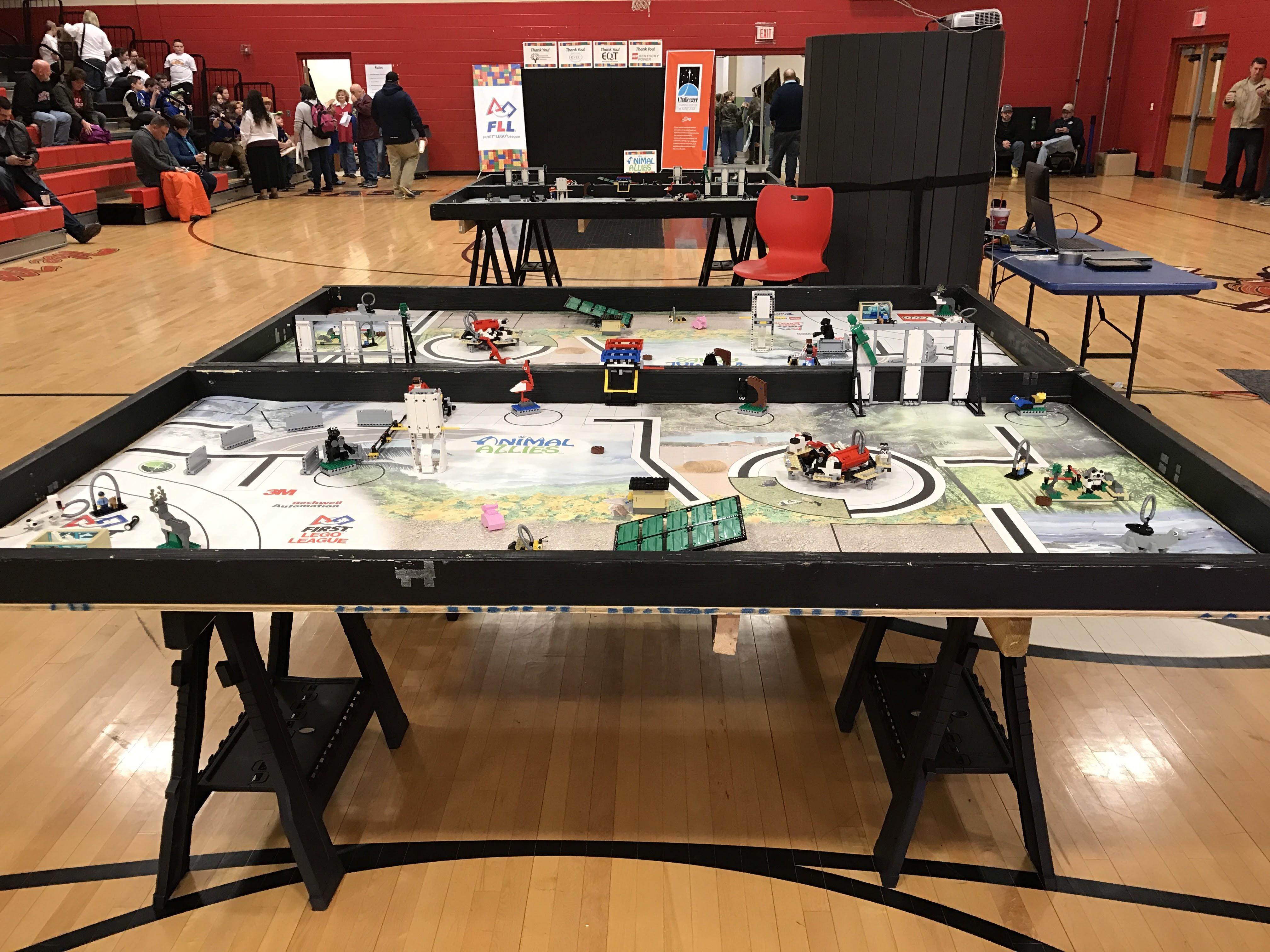Challenger Center of Kentucky Hosts FIRST LEGO League
