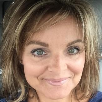 Profile picture of Tina Bobrowski