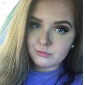 Profile picture of Lauren Riley